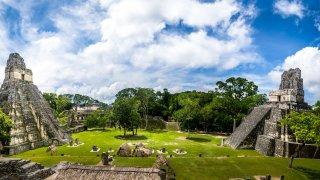 Visite de Tikal au Guatemala